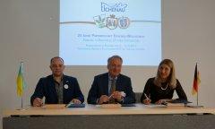 Unterzeichnung Partnerschaftsurkunden 25 Jahre Wischgorod-Eichenau