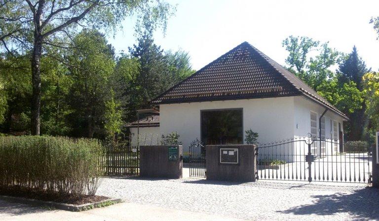Friedhofseingang_Architekturbüro SPP Sturm